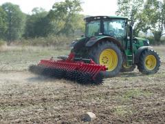 Как и къде да използваме ротационна брана - мотика за механична борба с плевелите?
