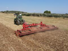 Дискови брани и стърнищни култиватори SIPTEC -  Време е да подготвим почвообработващата техника за есенните обработки