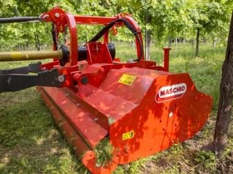 Мулчер за преден и заден навес  за трева и клони до Ø 6 см (30-80 к.с.) модел BELLA